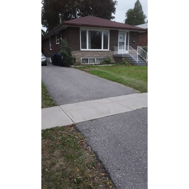 Scarborough Room and Board for rent, click for more details...