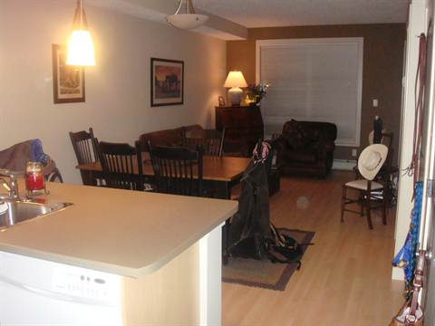 Fort McMurray Alberta Condominium for rent, click for details...