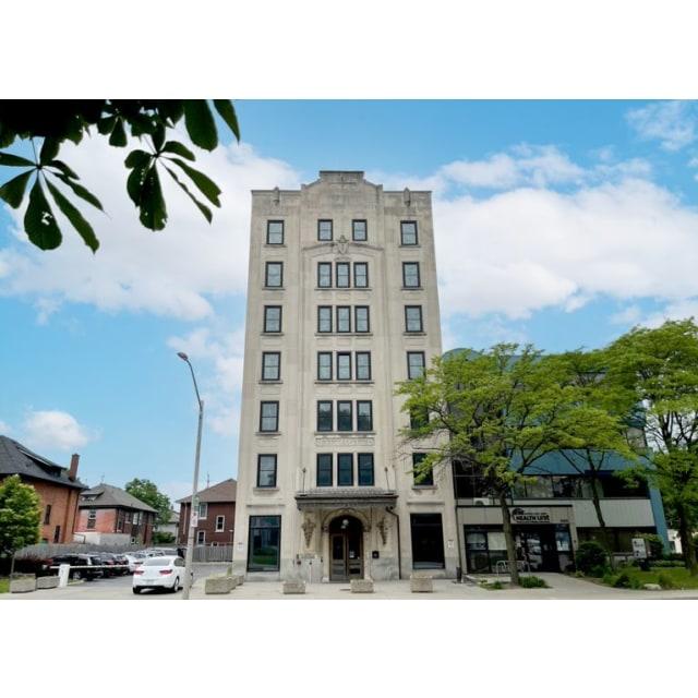 Windsor Suite for rent, click for more details...
