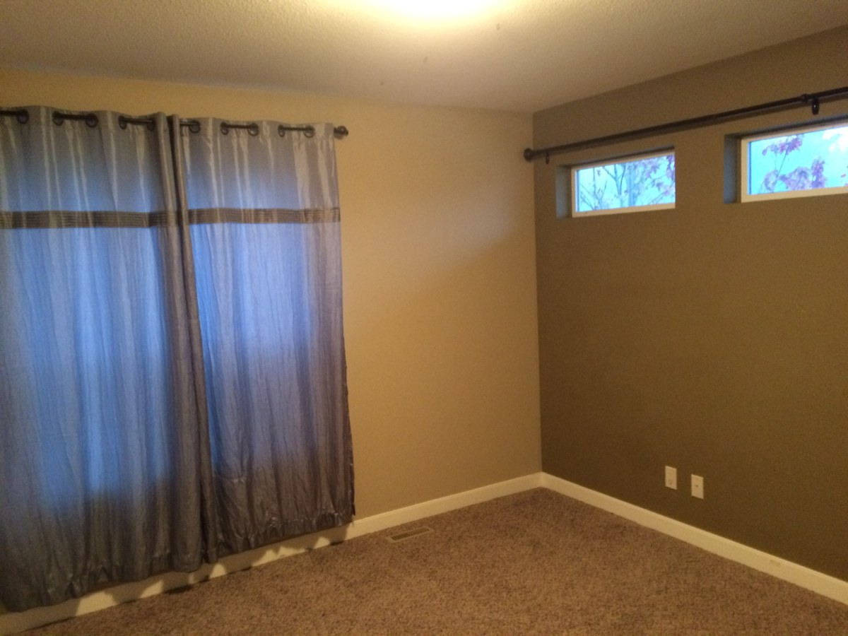 Red Deer Suite for rent, click for more details...