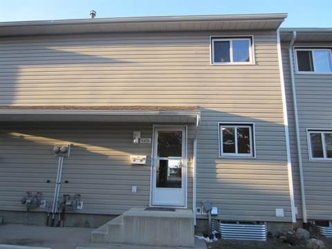 Edmonton West 3 bedroom Townhouse