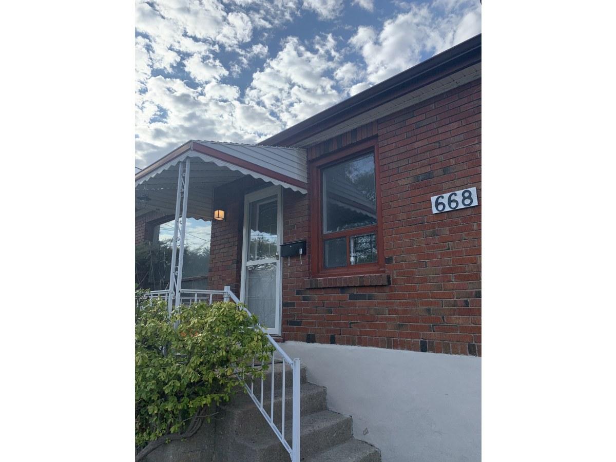 Peterborough Duplex for rent, click for more details...