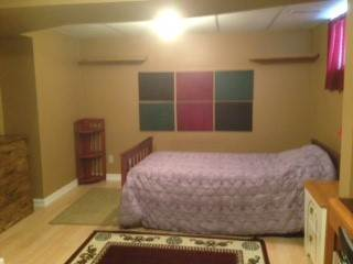 Val Caron Room for rent, click for more details...