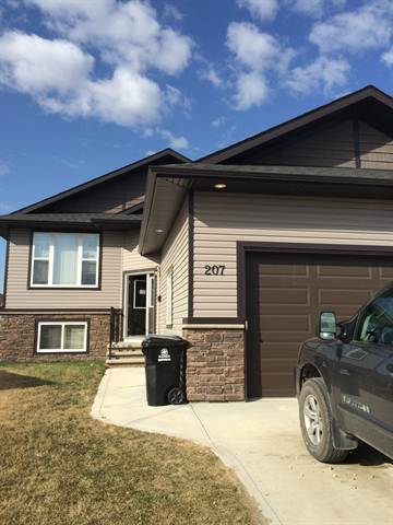 Blackfalds Main Floor Only for rent, click for more details...