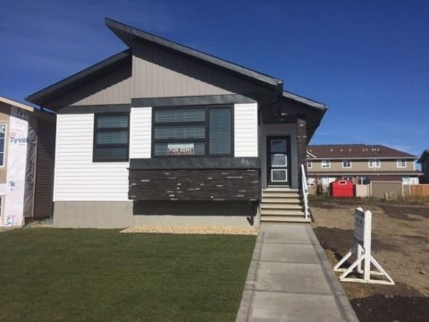 Red Deer 3 bedroom House