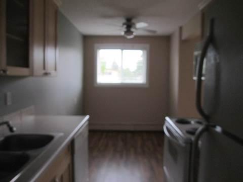 Edmonton South West 2 bedroom Condominium