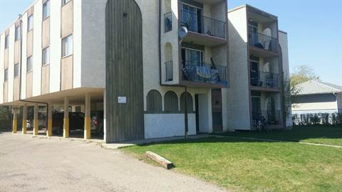 Red Deer 3 bedroom Apartment For Rent