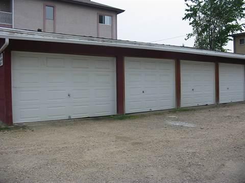 Red Deer Alberta Espace de garage à louer
