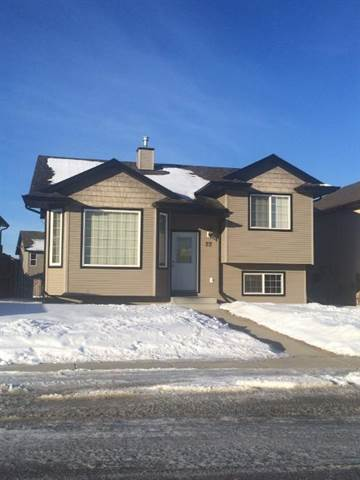 Sylvan Lake 3 bedroom House