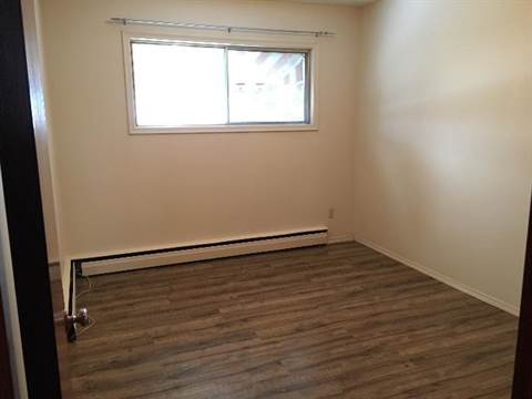 Red Deer 1 bedroom Four-Plex