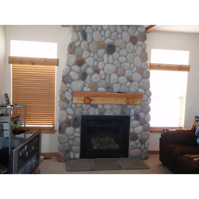 Rimbey House for rent, click for more details...