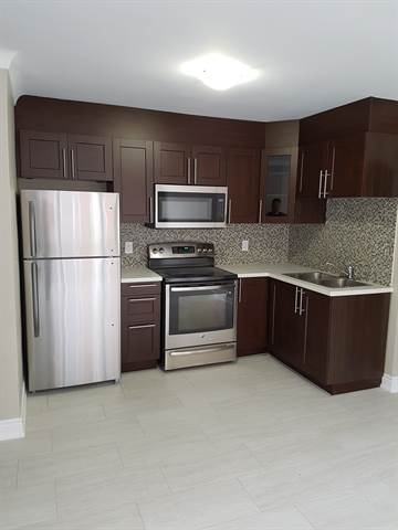 Vanier Apartment for rent, click for more details...