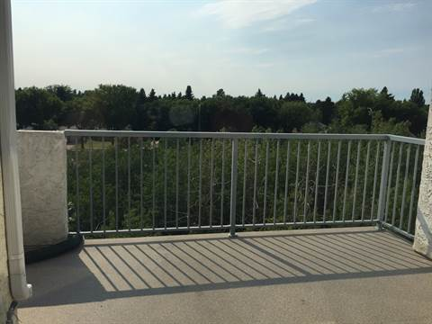 St. Albert Alberta Condominium for rent, click for details...