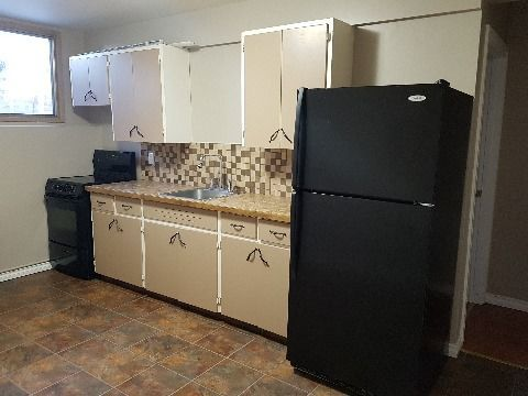 Evansburg Basement Suite for rent, click for more details...