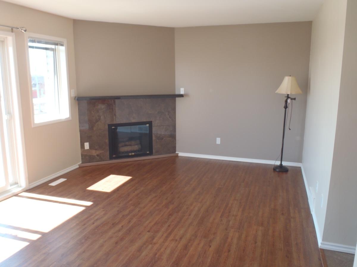 Wabamun Four-Plex for rent, click for more details...