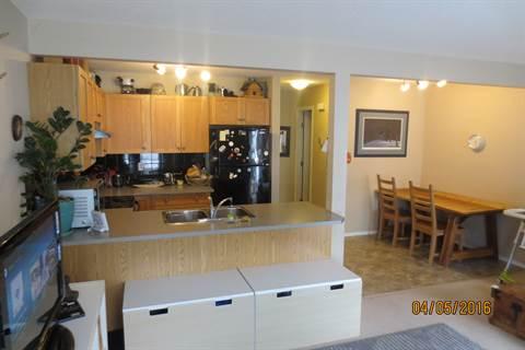 Edmonton Garage Space for rent, click for more details...