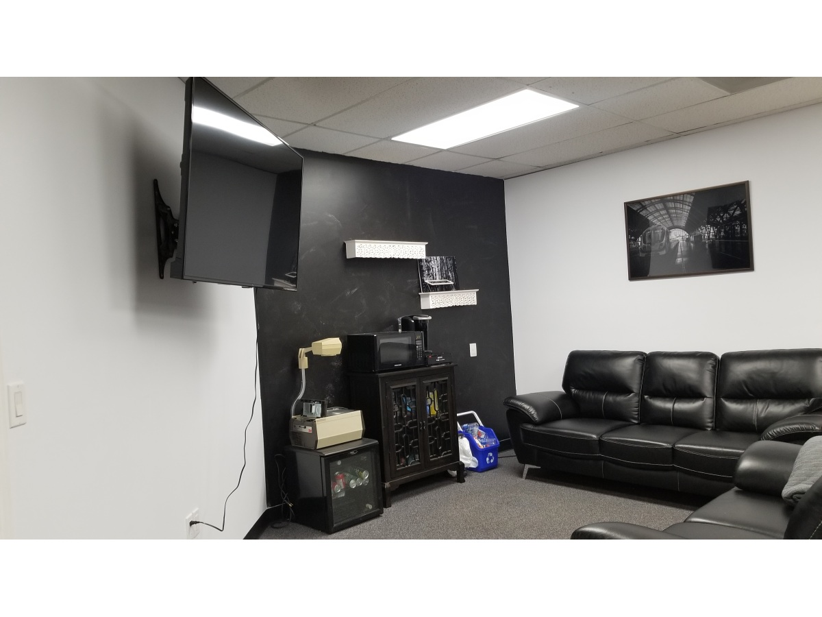 Grande Prairie Commercial Property for rent, click for more details...
