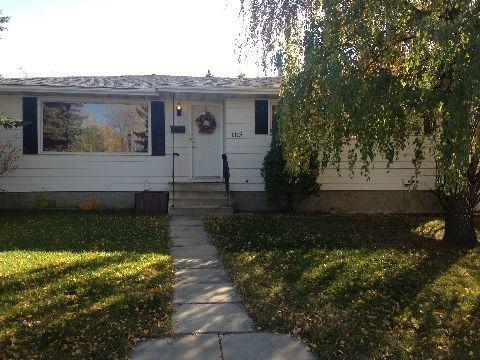 Edmonton North West 3 bedroom Basement Suite For Rent