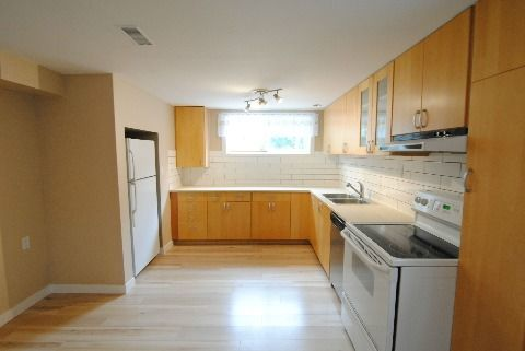 Edmonton South West 2 bedroom Basement Suite For Rent