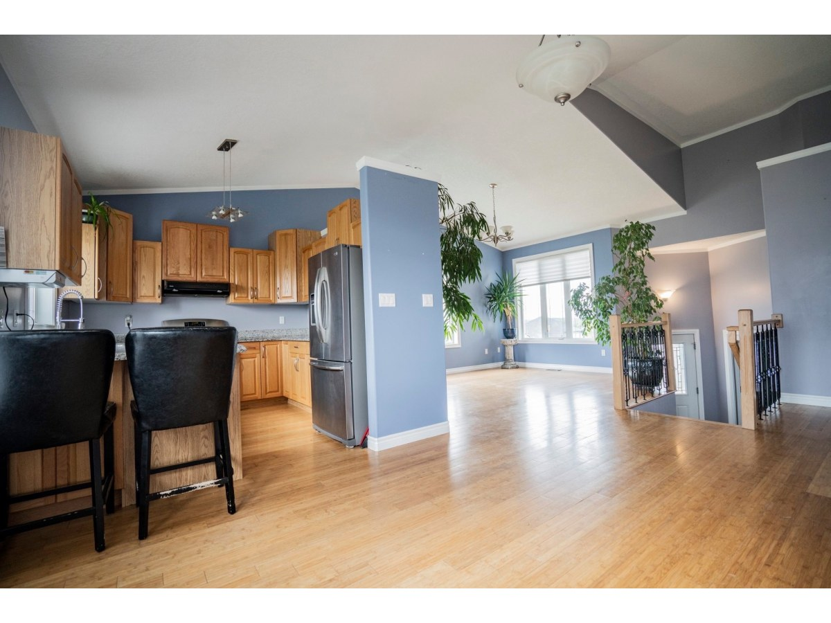Beaverlodge House for rent, click for more details...