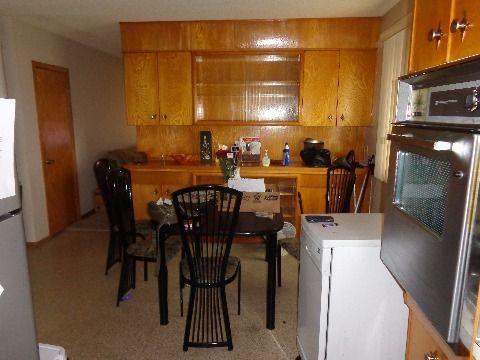 Fort Saskatchewan Plancher principal seulement pour le loyer, cliquer pour plus de détails...