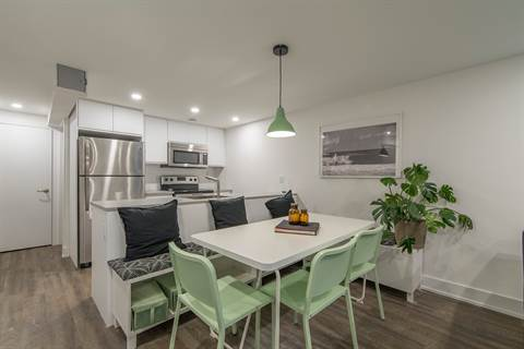 Nepean Apartment for rent, click for more details...