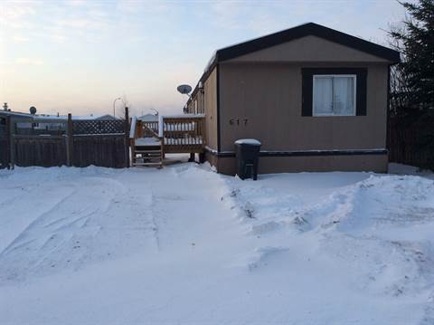 Slave Lake Mobile Home/Lot for rent, click for more details...