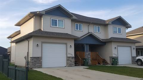 Bonnyville Alberta Duplex for rent, click for details...