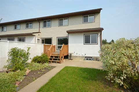 Bonnyville Townhouse for rent, click for more details...