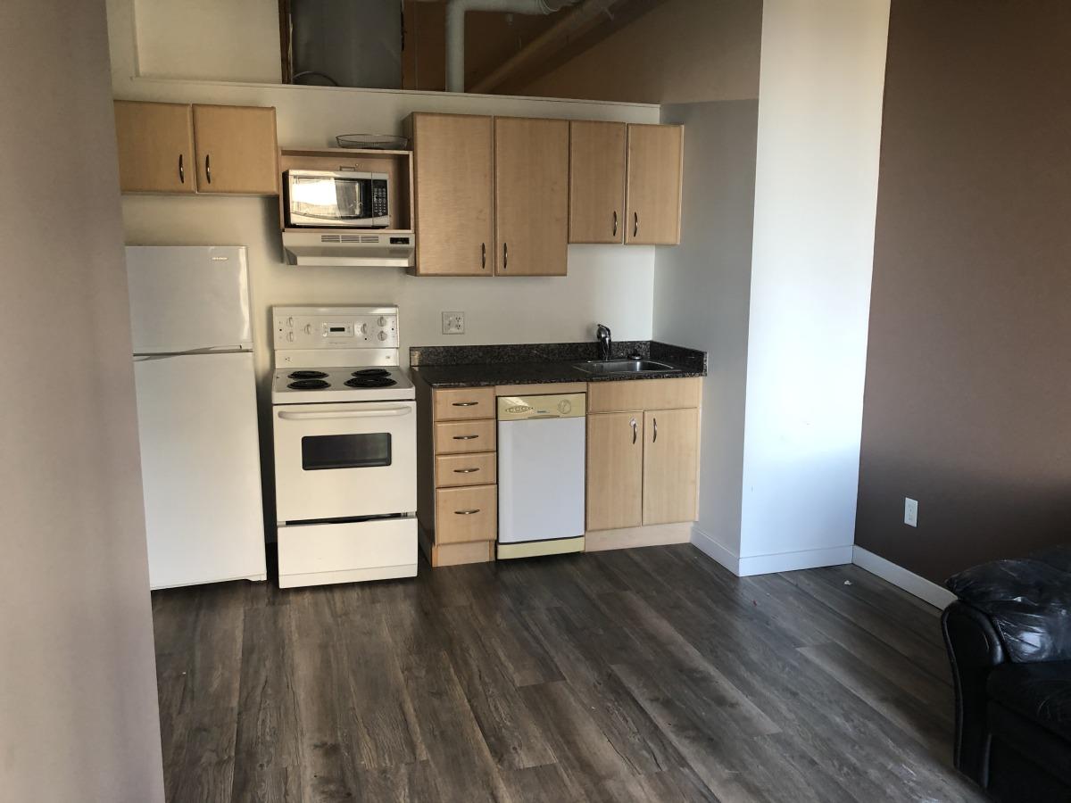 Edmonton Loft for rent, click for more details...