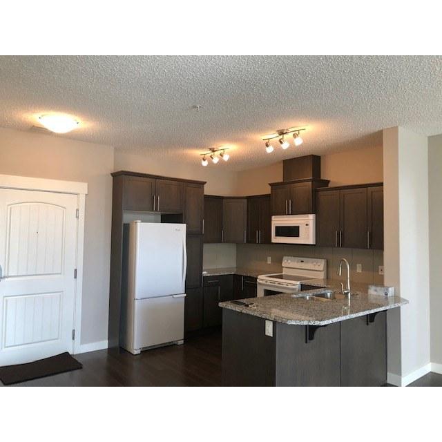 Spruce Grove Condominium pour le loyer, cliquer pour plus de détails...
