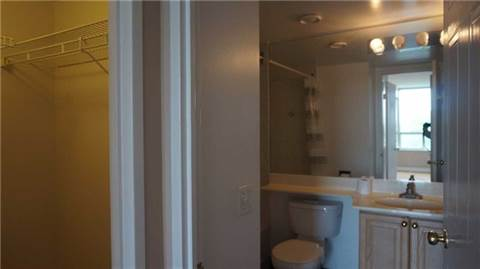 North York 2 bedroom Condominium