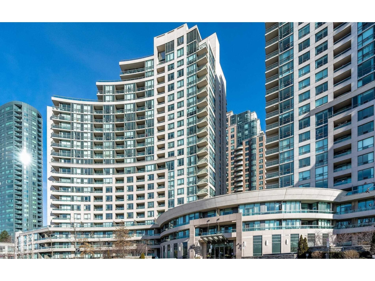 North York Ontario Condominium For Rent