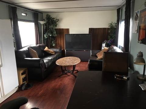 Kamloops Room for rent, click for more details...