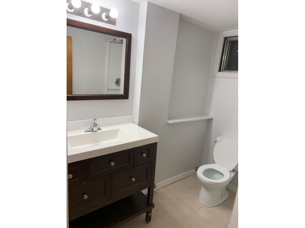 Barrhead Bachelor Suite for rent, click for more details...
