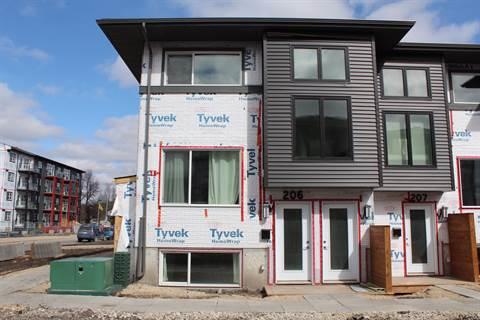 Winnipeg Bachelor Suite for rent, click for more details...
