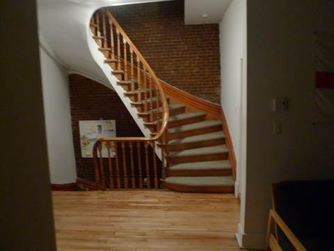 Montreal Quebec Apartment for rent, click for details...