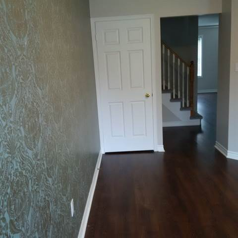 Richmond Hill Townhouse for rent, click for more details...