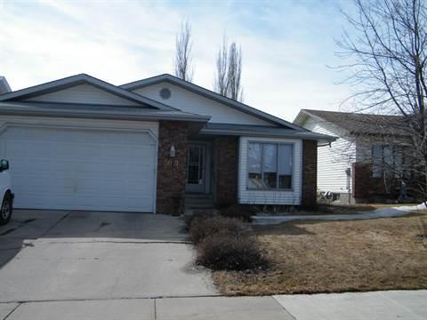 Edmonton Alberta Basement Suite for rent, click for details...