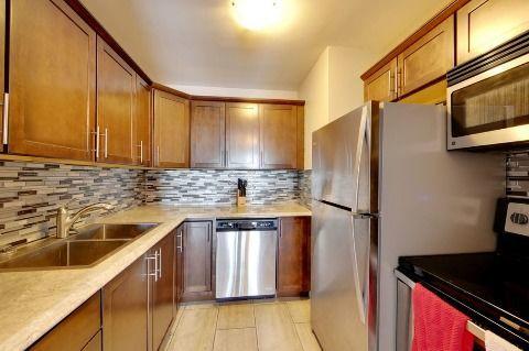 Sarnia Condominium for rent, click for more details...