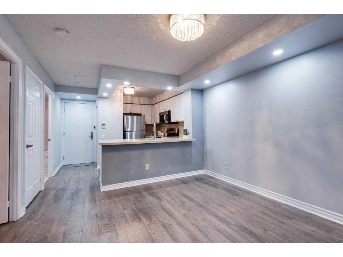 Scarborough Condominium for rent, click for more details...