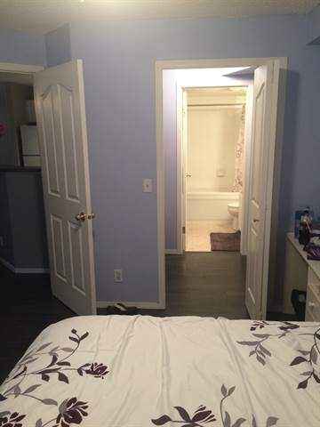Airdrie Alberta Condominium for rent, click for details...