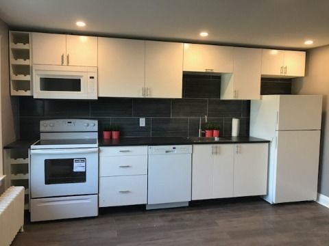 York Duplex for rent, click for more details...