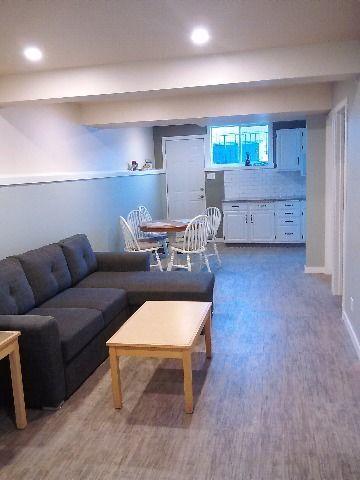 Sherwood Park 1 chambre à coucher Appartement en sous-sol