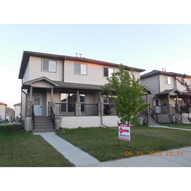Grande Prairie Duplex pour le loyer, cliquer pour plus de détails...