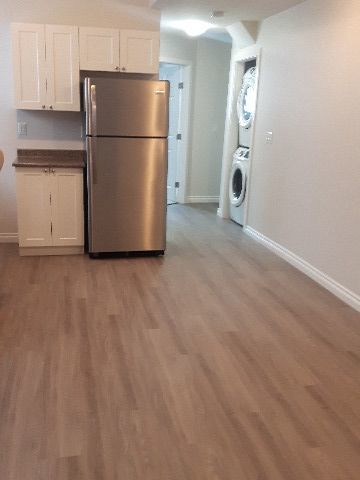 Saskatoon Basement Suite for rent, click for more details...