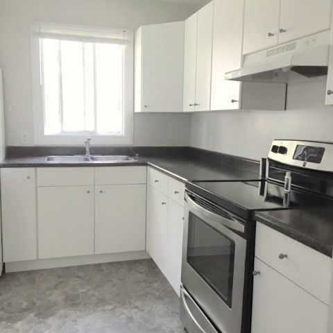 Devon Condominium for rent, click for more details...