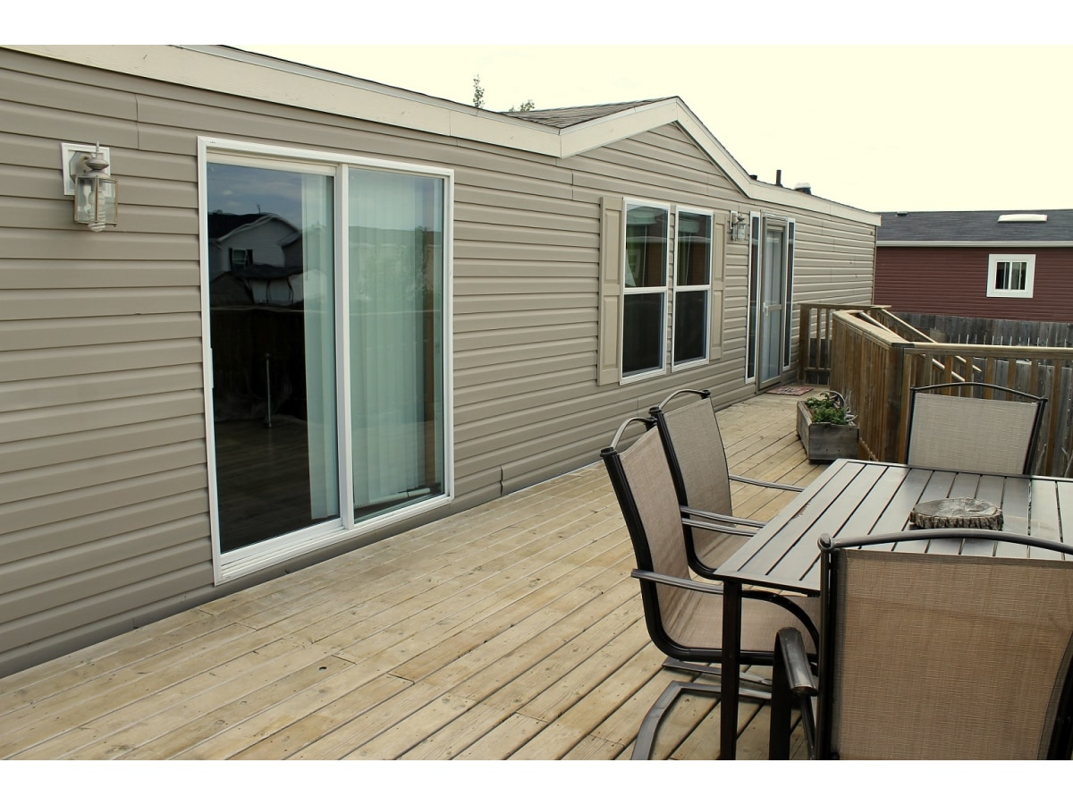 Macoun House for rent, click for more details...