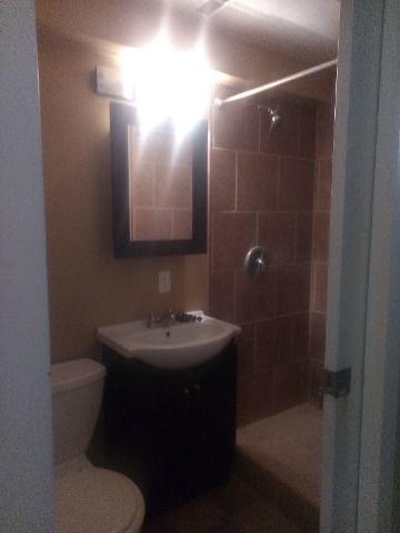 Regina Central 1 bedroom Basement Suite