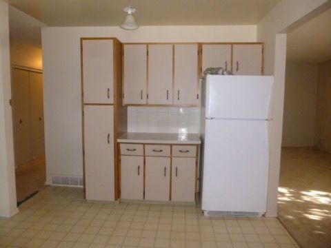 Camrose House for rent, click for more details...